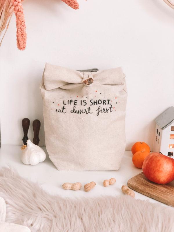 Dessert- Kézzel hímzett len táska